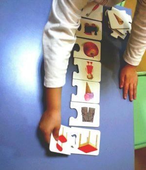 Attività Montessoriana carte